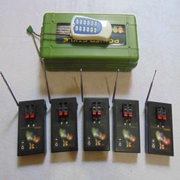 fuochi d'artificio che sparano dal telecomando Sconti 10 Cues fuochi d'artificio che infornano regalo ricevitori parti sistema di controllo remoto del trasmettitore interruttore coper filo fuochi d'artificio macchina Smart Remote Salvo Fuoco