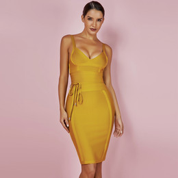 Abito giallo xs online-Lady 2019 Dress New Arrivals Summer Giallo Bodycon Dress V Neck Spaghetti Strap Autumn Party Women