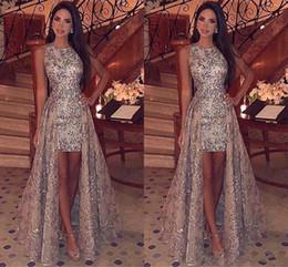 Vestidos de noche de kaftan sin mangas online-Kaftan Abaya Lentejuelas brillantes árabes Vaina Corta Vestidos de baile Cuello joya Sin mangas Con cubrecamas desmontables Vestidos de fiesta formales de noche
