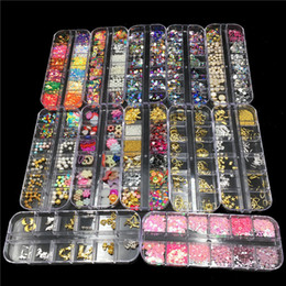 Rivets à ongles en Ligne-12 Designs Nail Art Décorations Rivets En Métal Coloré Nail Strass Perles Perles Bricolage Manucure Ongles Ornements Bijoux Body Art