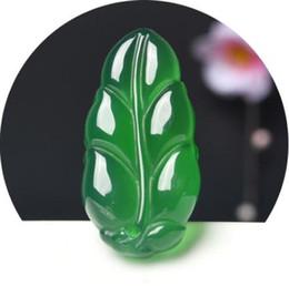 Pendentif de calcédoine blanche en graine de jadéite véritable naturelle, petite feuille, pendentif mâle et femelle ? partir de fabricateur
