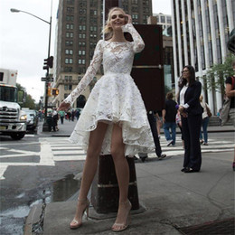 Canada 2018 wangyandress ivoire dentelle manches longues robes de mariage de plage personnalisé dos nu sexy robes de mariée courte longueur de genou robes de mariée Offre