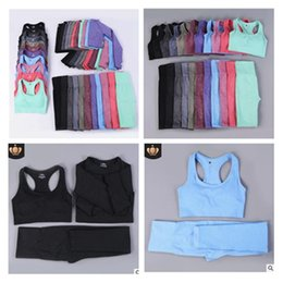 Yoga sport anzüge online-2020Women Seamless Yoga Set Fitness Sports Suits Gym Kleidung Langarm Crop Top Shirts High Waist Laufen Leggings Trainingshose