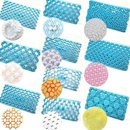 Цветочные формы для печенья онлайн-16 стилей Fondant Торт Embosser Плесень Цветок Cookie Cutters Печенье Формы Обледенения Торт Инструменты Торт декор FFA1647