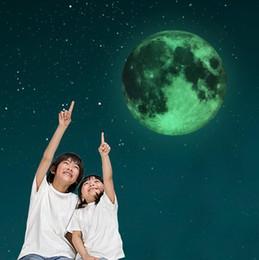 2019 adesivo della terra 30cm Luminous Moon Earth Cartoon DIY 3D Wall Stickers per Camera dei bambini Camera da letto Glow In The Dark Wall Sticker Home Decor Living Room adesivo della terra economici