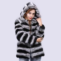 Luxus Frauen echte rex Pelzmantel mit Kapuze gestreift echten Pelz Oberbekleidung Chinchilla Jacke Winter dicke warme Mode