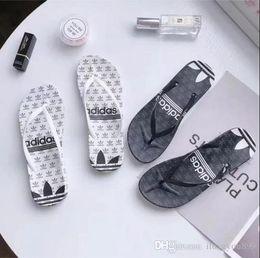 sandalias de mejor diseñador Rebajas TRAD01 NUEVA Zapatilla de diseño Pantalón de hombre Sandalias a rayas causales Zapatillas antideslizantes para verano, huaraches, sandalias, pantuflas, MEJOR CALIDAD