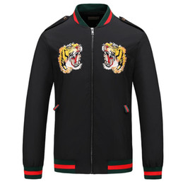 2019 casaco marca itália 19ss itália nova moda homens jaqueta casaco com carta de cabeça de tigre designer de luxo jaquetas corta-vento com capuz de manga longa marca mens clothing casaco marca itália barato
