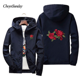 uomini di fiore giacca bomber Sconti 2018 ChoynSunday New Floral Bomber Jacket Uomo Hip Hop Slim Fit Flowers Bomber Jacket Giacca a vento Uomo Donna Rose College