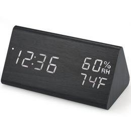 Batería de reloj digital led online-Reloj despertador digital de madera Reloj despertador LED USB / con batería Atenuador Higrómetro interior Termómetro Reloj con control de sonido