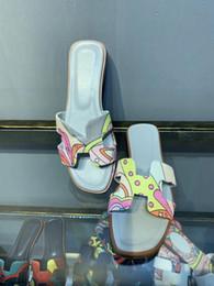 2019 знаменитый массаж Сандалии Graffi Oran Женские тапочки Обувь из натуральной кожи Женские туфли на плоской подошве Окрашенные тапочки Открытый носок Открытый флип-флоп Повседневная обувь