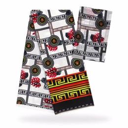 Encaje blanco estampado africano online-4 yardas Venta caliente fondo blanco estampado patrón africano audel.modell tela de encaje de seda y 2 yardas bufanda de gasa para el vestido VS28-7