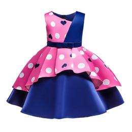 Vestito dalla ragazza dei cuori del tutu online-Vendita al dettaglio di neonata vestito senza maniche asimmetrico retro cuore amore stampato principessa pageant dress Bambini festa abiti da ballo formale