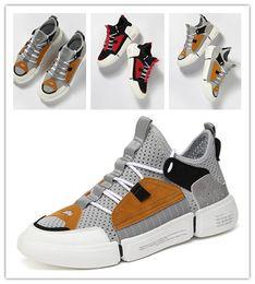 2019 chaussures de course légères G_N_SHIJIA 888583 Famille gongniushijia Bull Chaussures de course Coureur de trekking Baskets Entraîneur de sport de poids léger en plein air Mens Designer Shoes promotion chaussures de course légères