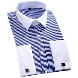 Abotoaduras longas on-line-2019 Novo Design de Colarinho Branco Listrado francês Cufflinks Men Shirts Camisas Plus Size manga comprida Partido Cuff francês homens se vestem 4XL 46