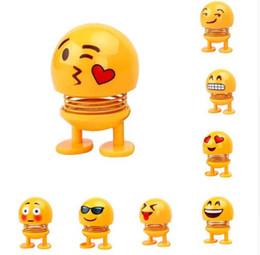 Çocuk Oyuncakları Emoji Shaker Aksiyon Figürleri Salıncak Bahar Sallayarak Kafa Bebekler Araba İç Pano Dekorasyon Aksesuarları ABS Sallayarak Bebekler Hediyeler nereden