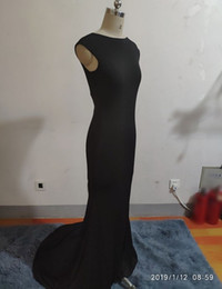 Custom Made Fancy Lady Formal Dress Nero Spandex Mermaid Party Gown Bateau Sweep Train Backless Prom / Abiti da sera Corsetto da