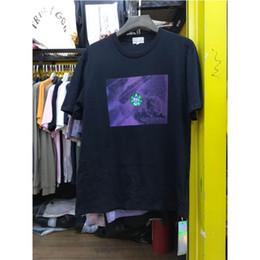 dfad0e948dc2a1 2019 C.E CAVEMPT T-Shirts Höhere Qualität CAVEMPT Logo Stickerei T-Shirt  Männer Frauen Übergröße Lose Lila Hintergrund C.E T-Shirt