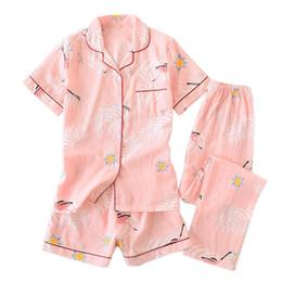 lingerie de babydoll rosa feminino Desconto 3 pcs ternos frescos manga curta pijamas mulheres verão 100% gaze algodão sleepwear mulheres coréia pijama calções calça casa nova venda y19071901