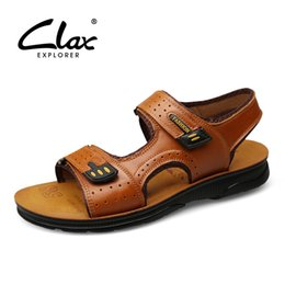 2019 sandali di calzature da uomo CLAX Man's Sandals Leather 2019 Summer Men Casual Shoes Traspirante in vera pelle maschile Walking Walking Sandali da spiaggia sandali di calzature da uomo economici