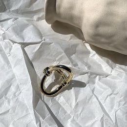 2019 anelli di gioielli imitazione ashion Gioielli Anelli Vento freddo minimalista indice dorato chic netto anello rosso articolato femminile personalità esagerata personalità in metallo ri ...