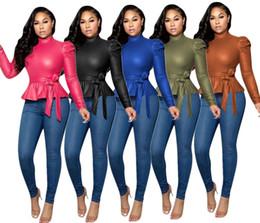 Camisetas de cuero de las mujeres online-Las mujeres de la PU superior de cuero de otoño de manga larga de cuello alto del cordón del arco encima de la camiseta Camisa de las señoras de oficina sólidos Slim Fit tapas de la blusa de las colmenas