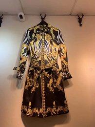 langes weißes hochzeitsnachtkleid Rabatt 2019 beiläufiges Kleid der spätesten Art und Weisefrauen preiswertes chinesisches Kleidungsentwurfsfrauenart- und weiseklagekleid der großen Größe freies Verschiffen