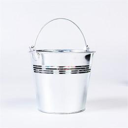 2019 secchielli di stagno mini stagno Hot Mini Tinplate Metal Secchio Glassa Patatine fritte Tin Pails Candy Basket Party Garden Supplies secchielli di stagno mini stagno economici