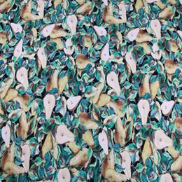 2019 tela bordada de terciopelo rojo The Pear Print Multicolor Poliéster Suave Cady Linen Tejido elástico para mujer Primavera Otoño Vestido Falda Costura