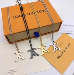 Çift Kolye Moda lüks Letter Erkek Klasik Paslanmaz Çelik Erkek Zincirler kutusu 18K Gerçek Altın Kaplama Vintage Kolye Kolye nereden
