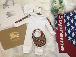 tolle quellen Rabatt großes 2019 Frühling Baby Body Langärmlig neugeborene Kind-Overall-Hut bib Anzug Baby 09196