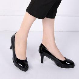 2019 scarpe da lavoro professionali Scarpe col tacco alto da donna professionale 2019 primavera e autunno scarpe da lavoro da donna tinta unita scarpe col tacco alto da donna scarpe da lavoro professionali economici