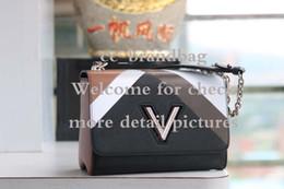 Bolsos de hombro de mezclilla de diseño online-Twist Denim MM nuevo diseñador de bolsos de moda para mujeres bolsos de hombro de cuero de alta calidad de gran capacidad bolsa de cuerpo cruzado día embragues
