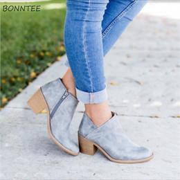 4562275fc Botas Mulheres PU de Couro Plus Size Zip Dedo Apontado Sapatos de Salto  Quadrado Das Mulheres Moda Elegante Tornozelo de Borracha Retro Casual de  Alta ...