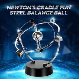 giocattoli di bilanciamento del metallo Sconti Newton Pendulum Cradle Balance Ball Crafts Educational giocattolo da scrivania in metallo Decor Home Decoration Accessori Ornamenti Regalo di Natale SH190710