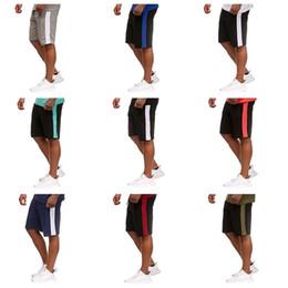 Männer europas strand-shorts online-Sommer Shorts Männer Beach Style Joint Seite Fitness passt Joggen atmungsaktiv schnell trocknend lose Art europäischen Wind Casual Shorts