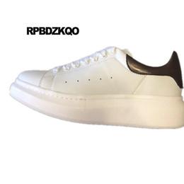 e8a7ab340dbc40 neue frühling und herbst sneakers echtes leder echte schnüren skate runway  trainer marke männer schuhe lässig europäische schwarz weiß skate real im  angebot
