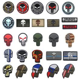 Pvc militari patch online-Punisher Patches Ricamato / PVC Militare Punisher Toppa per teschio Strisce Toppa tattica per bandiere blu con patch HookLoop