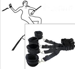 Juguetes sexuales de peluche online-BDSM Bondage Hand Cuffs Restraints Nylon + Plush Under Bed Bondage Restraints Kit Handcuffs Ankle Cuffs SM Juguete sexual SM para pareja