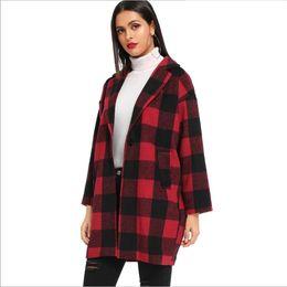 Traje gris medio online-Europea y largo abrigo a cuadros Fleece traje de cuello estadounidense cepillado medio Color de cazadora gris rojo del tamaño S-XL