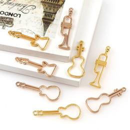 fare chitarre Sconti 4 pezzi strumenti musicali chitarra basso in sax uv resina telaio ciondolo gioielli che fanno 649d
