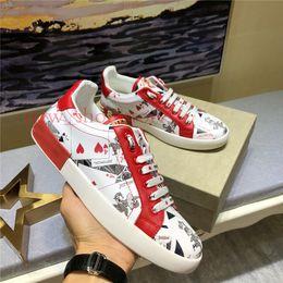 Sapatas de lona da lona dos homens on-line-2019 Mens Sapatilhas De Grife De Luxo Sapatos de Skate Casuais Sapatilhas de Tênis de Skate Graffiti Canvas Skate Chaussures Tamanho 38-45