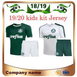 Distribuidores de descuento Kits De Uniforme De Fútbol Verde  60537f3fb51bc