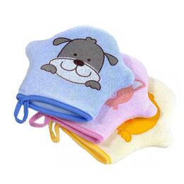 Guanto da bagno per bebè in cartone animato Guanto da super soft in gomma Asciugamano da modellazione animale Simpatico spazzolino in spugna con sfere AAA1808 da