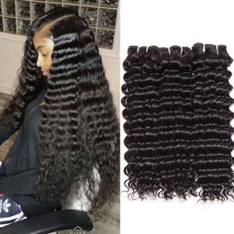 Curly 34 zoll menschliches haar online-peruanisches Haar bündelt tiefe Menschenhaarverlängerungen der Welle 100% 10-26 Zoll tiefe gelockte Menschenhaareinschlagfäden 3 Bündel geben Verschiffen keine Verwicklung frei