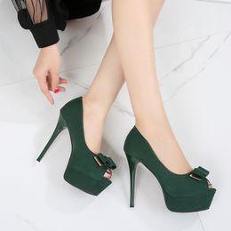 61d323dfd0 Dama elegante fiesta solo zapatos moda peep toe suede 12.5 cm fondo rojo  tacones altos bombas marca zapatos de vestir negro verde peep toe verde  negro ...