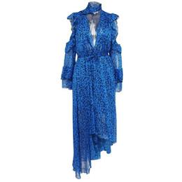 Leopardo blu stampa abiti online-Sfilata di moda 2019 Abiti da sera sexy con stampa leopardata da donna Abito da festa con schiena aperta Abito con stampa animalier di colore blu