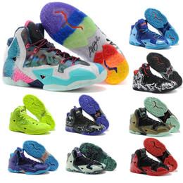 Canada James 11 ème Génération Combat Hommes Chaussures de Basketball Gris Chaussures de Plein Air Lebron 11 Chaussures de Sport Basketball Taille US 7-12 Offre
