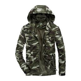 Giacche uomo superiore online-Abbigliamento autunno Camouflage Man Jacket Indumento superiore sfoderato Tempo libero Easy Knitting Jacket Militare Vento Abbigliamento da uomo Cappotto allentato 58167