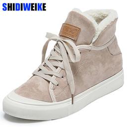 2019 Botas para la nieve Venta caliente Nuevas Mujeres Faux Suede 2019 Botas de invierno Sweet Plus Mujer Color sólido Cordones de algodón acolchado zapatos n485 desde fabricantes